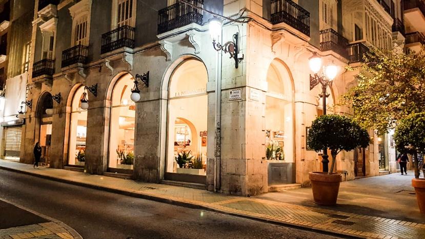 La Piemontesa  inaugura franquicia en Alicante